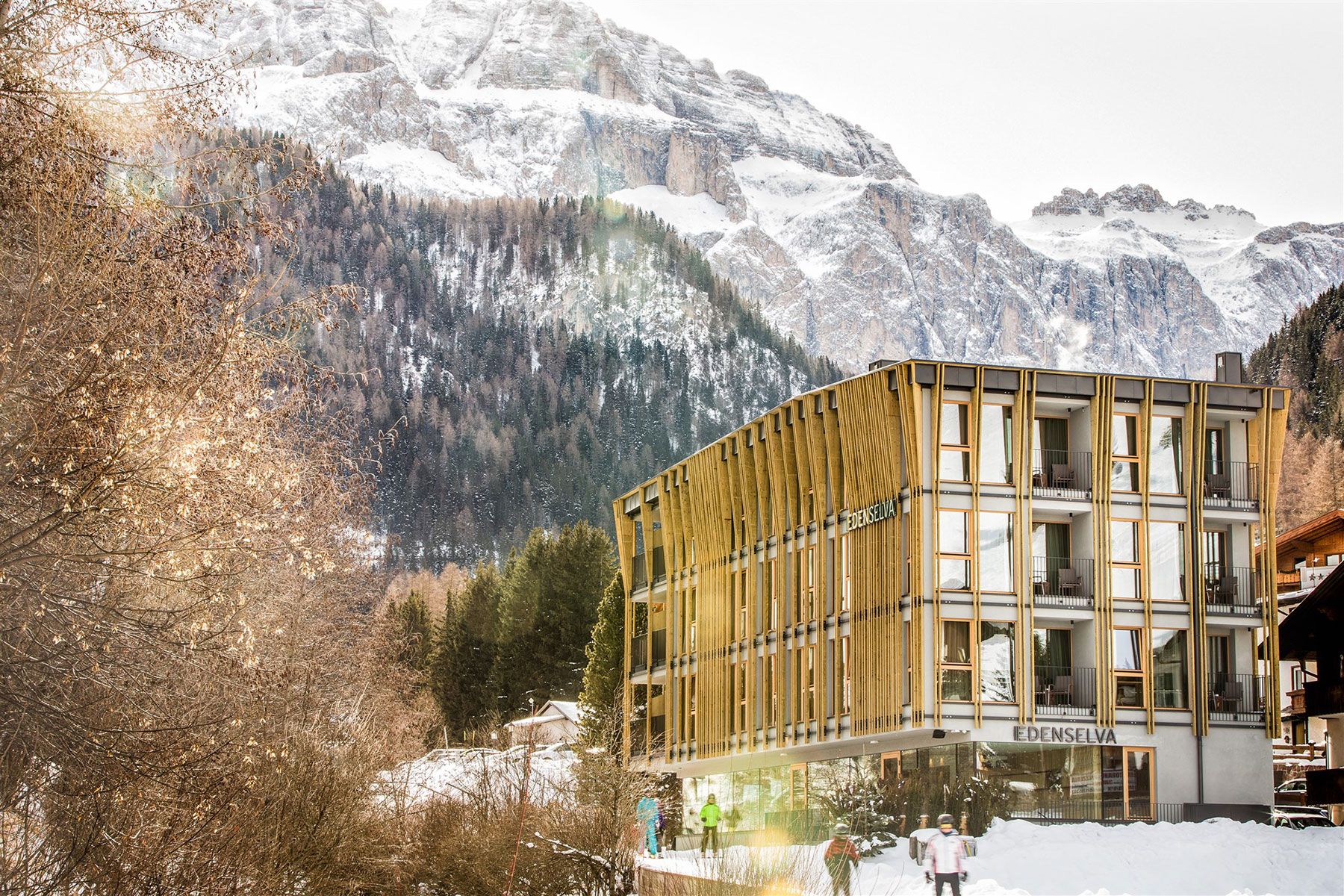 Mountain design hotel edenselva lignoalp for Best hotel design 2016